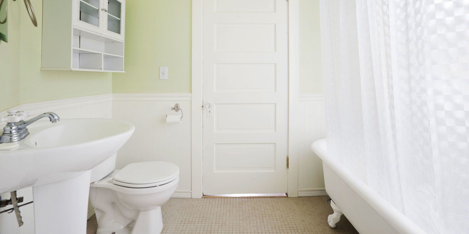 How to speed clean your bathroom bathroom cleaning tips for How often to clean bathroom