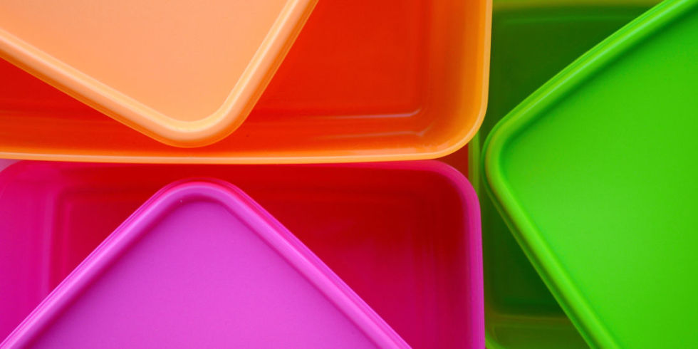 How to Clean Plastic Containers Cleaning Plastic Containers
