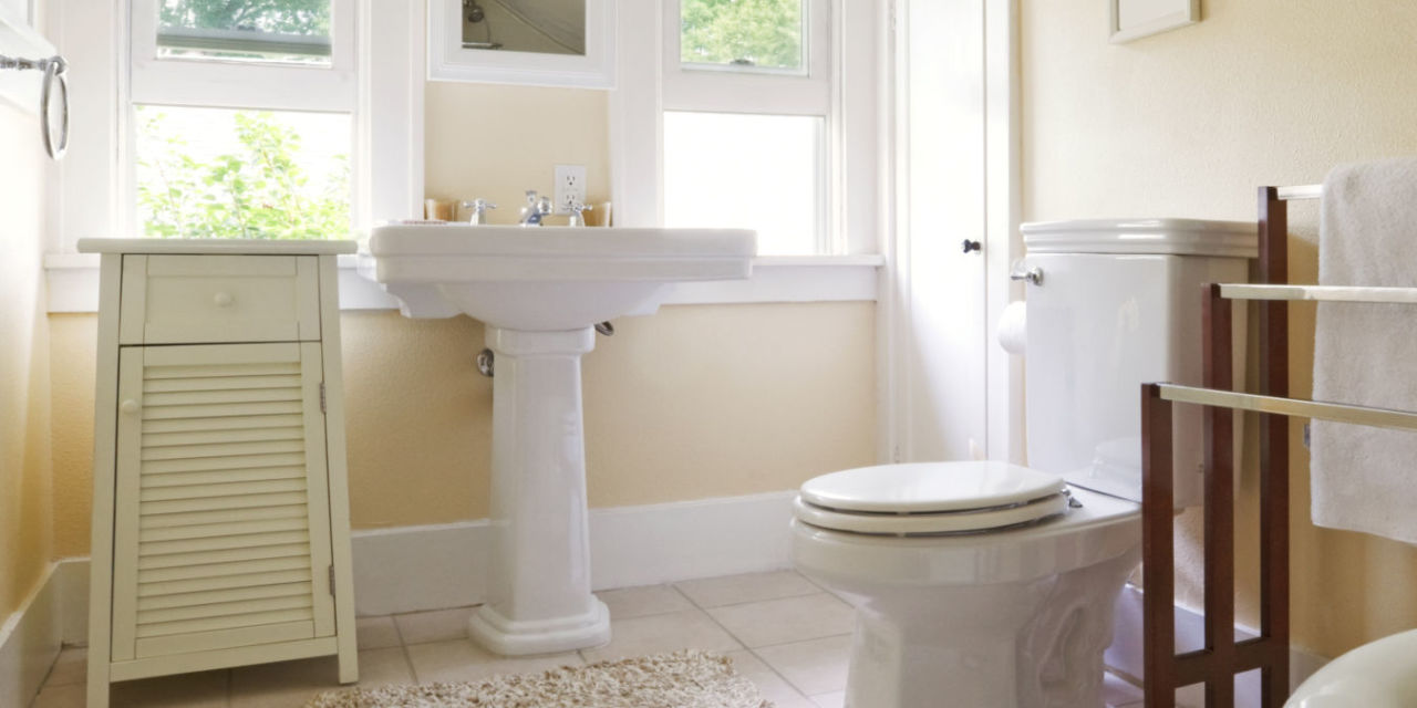 Keep bathroom clean longer bathroom cleaning tips for How to keep a bathroom clean