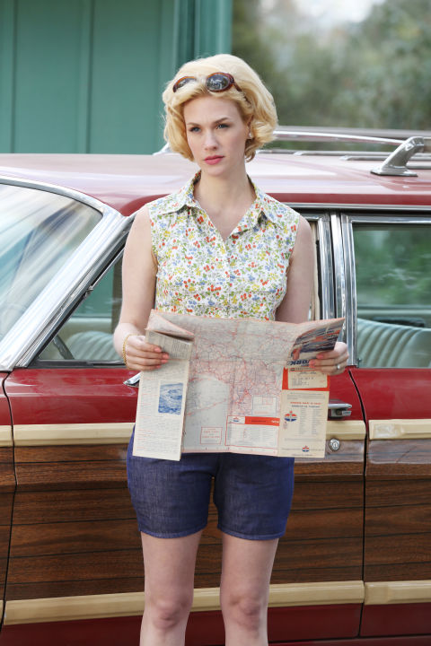 Betty draper 39 s best style moments mad men season 7 premiere Mad style fashion life trend