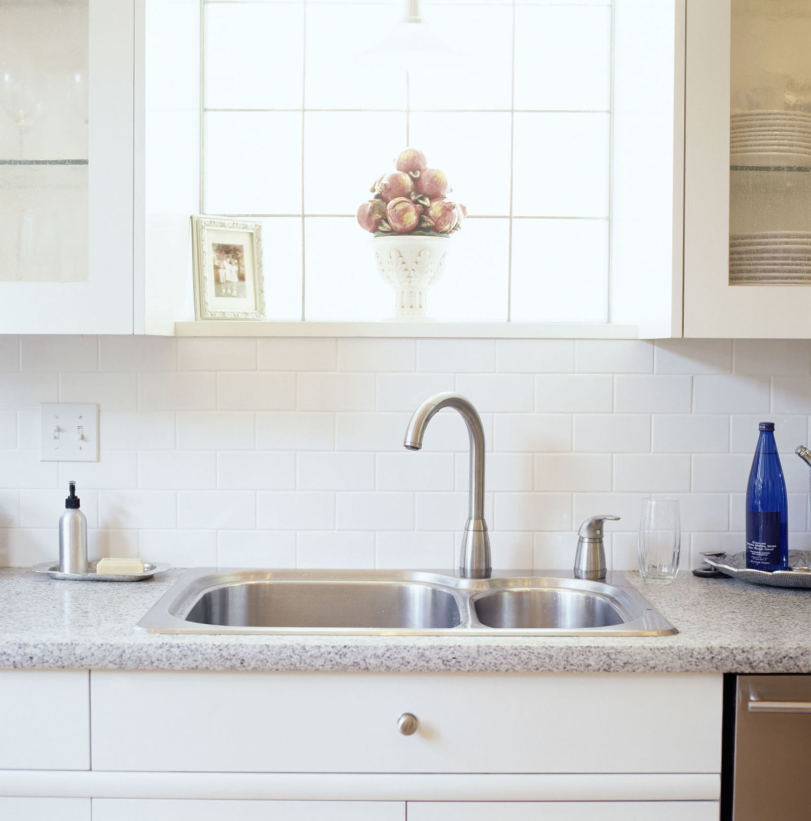 Kitchen Cleaning: Kitchen Cleaning Tips