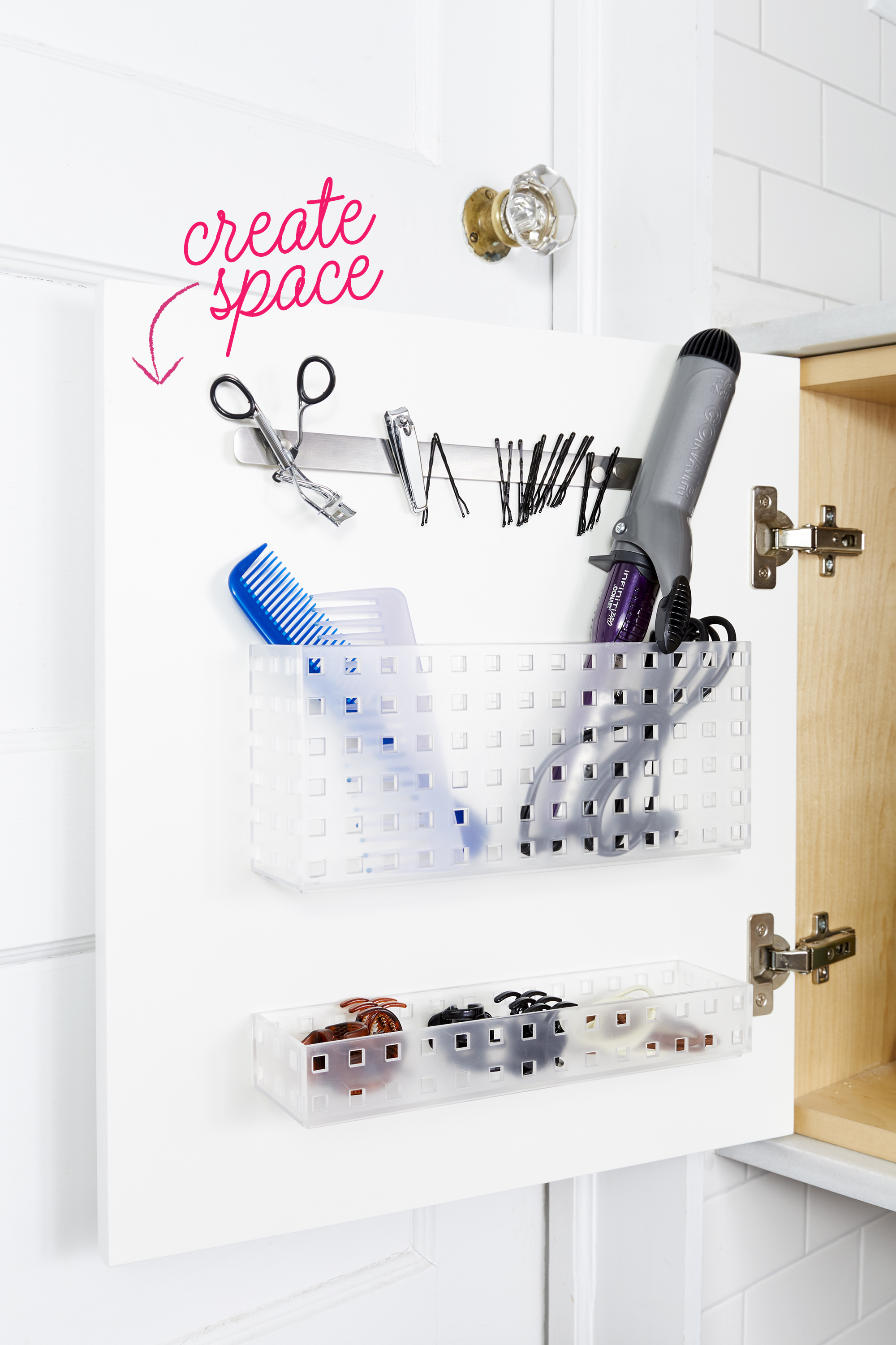 Organizing ideas for the bathroom decorative organizing for Good housekeeping bathroom ideas