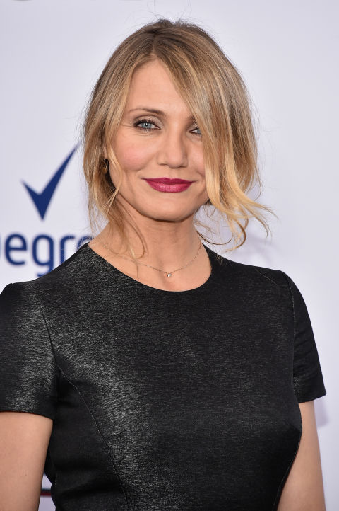 Fair-skinned and love to wear bright lipsticks? Then Cameron Diaz's blonde blend would work well with both your bold makeup and skin tone.