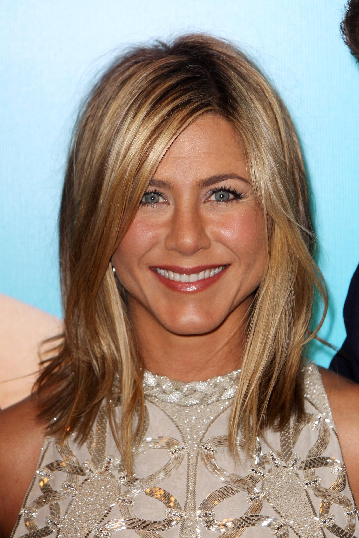 Excellent Jennifer Aniston Hair Evolution Timeline Of Jen Aniston39S Hairstyles Hairstyles For Women Draintrainus