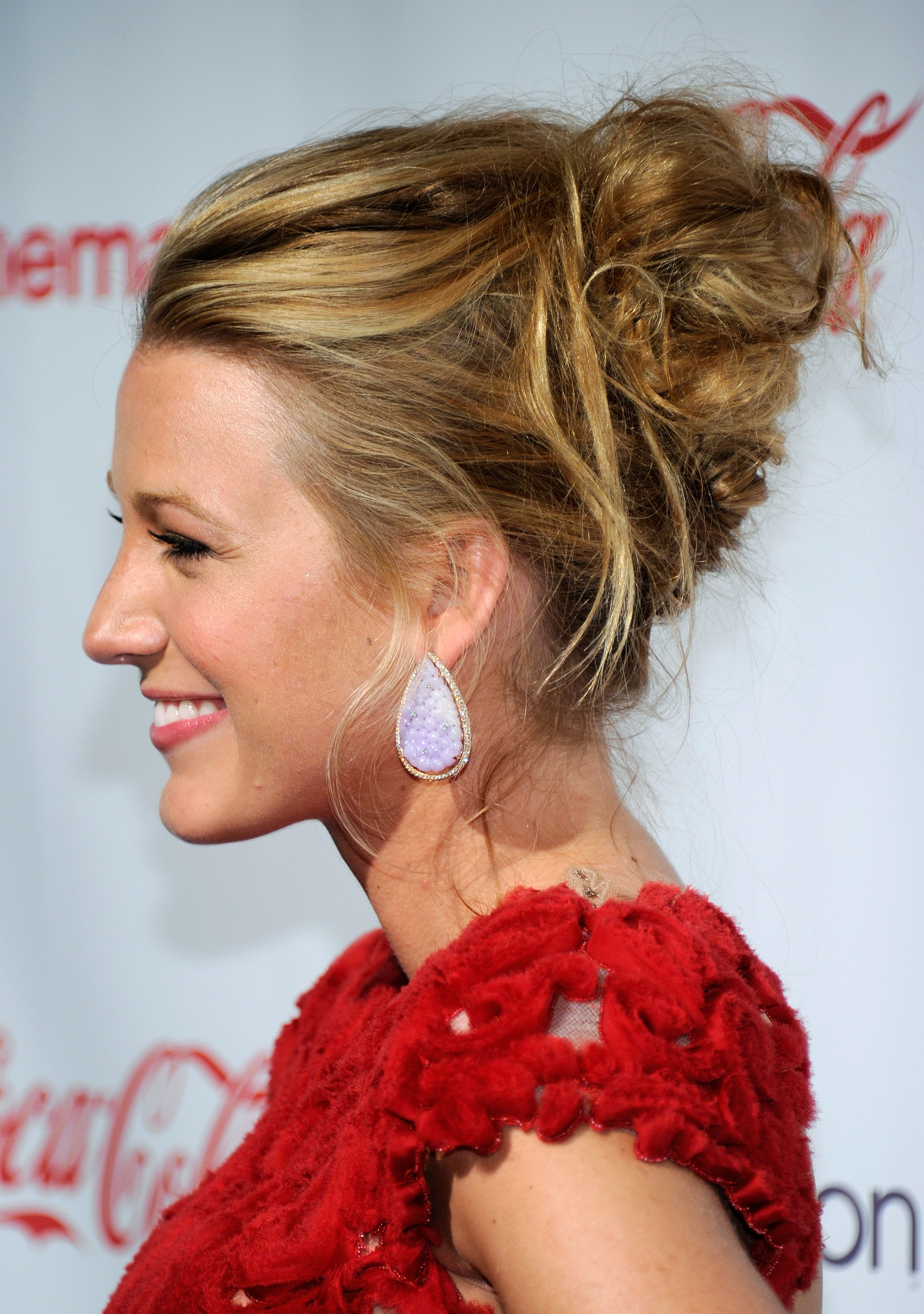 50 easy updo hairstyles for formal events elegant updos to try pmusecretfo Gallery