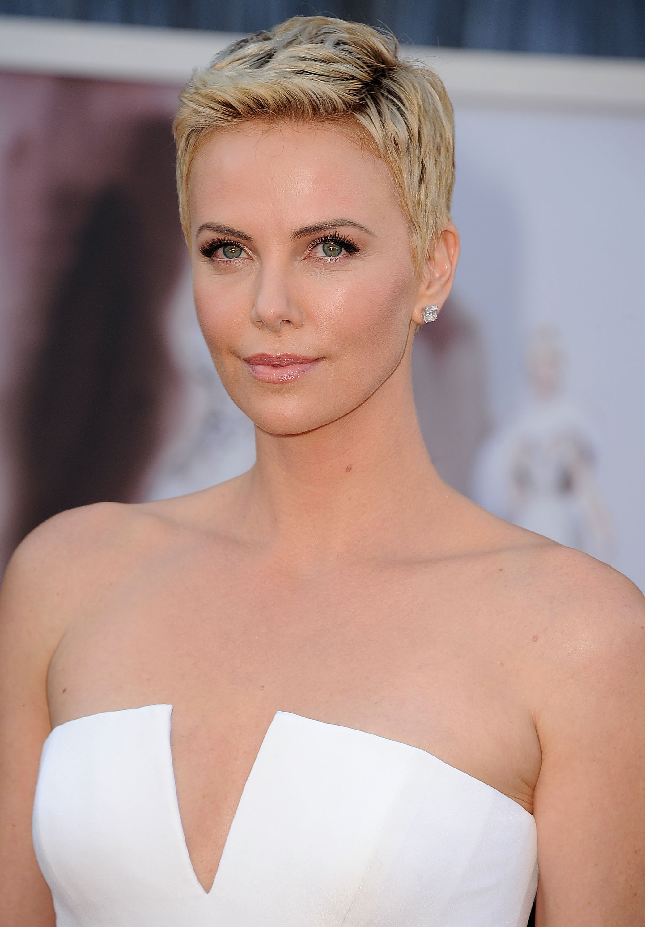 Awesome 34 Pixie Hairstyles And Cuts Celebrities With Pixies Short Hairstyles For Black Women Fulllsitofus
