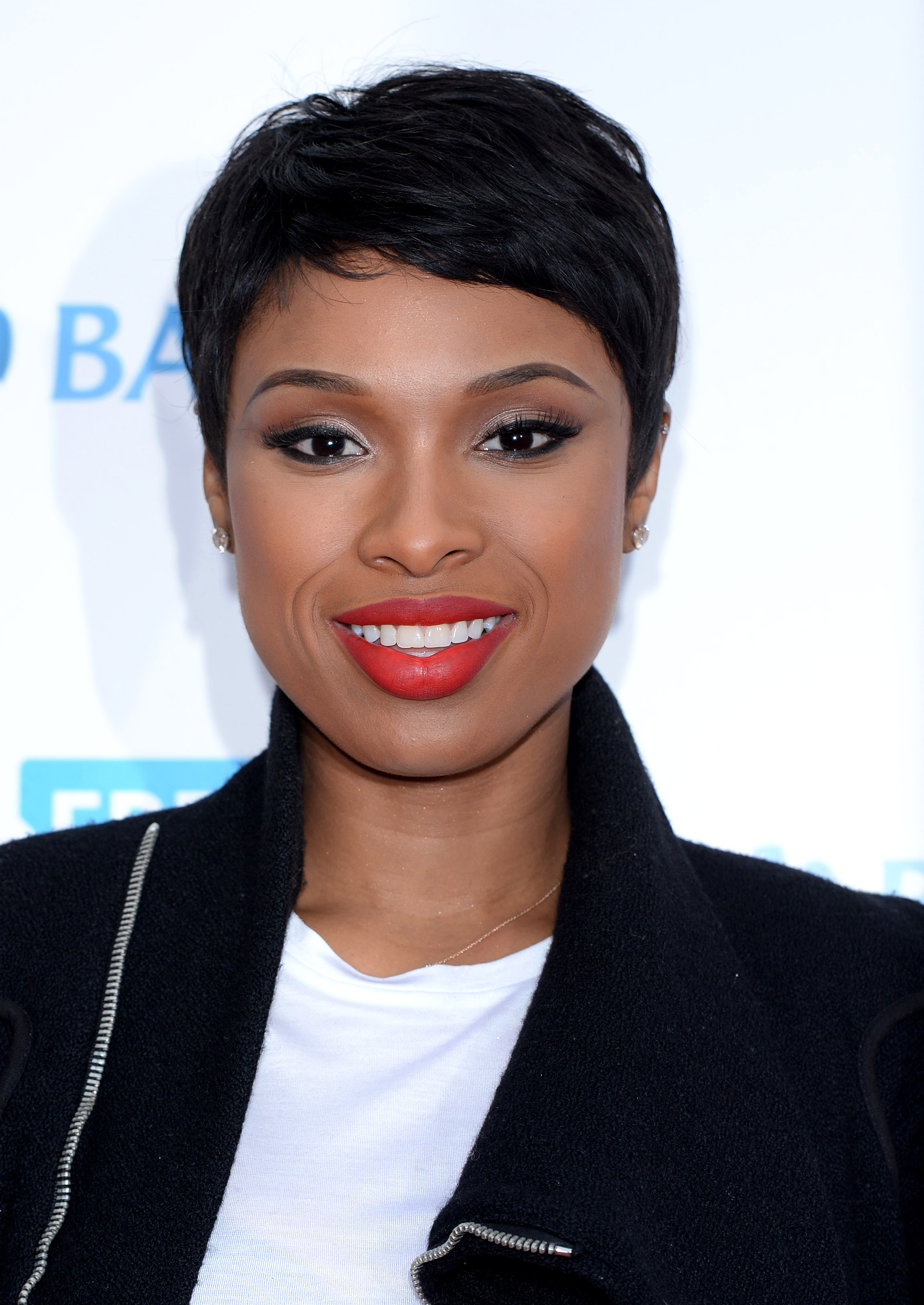 Pleasant 34 Pixie Hairstyles And Cuts Celebrities With Pixies Short Hairstyles For Black Women Fulllsitofus