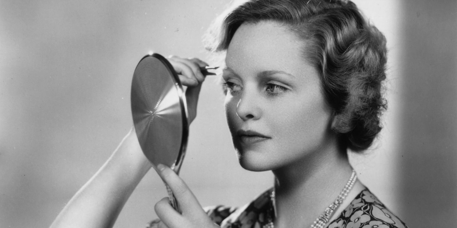 12 Common Eyebrow Mistakes - How to Get Perfect Eyebrows