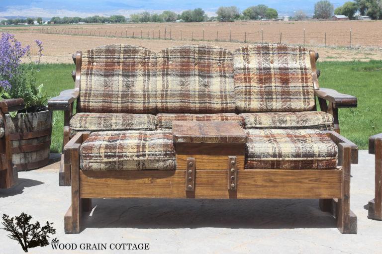 A Dated Furniture Set Gets A Second Life On The Patio
