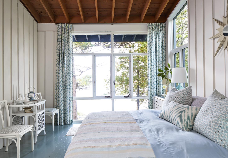 Sarah richardson farmhouse makeover - Sarah Richardson Lake House Makeover Lake Huron Rental Home Makeover Sarah Richardson Kitchen Designs