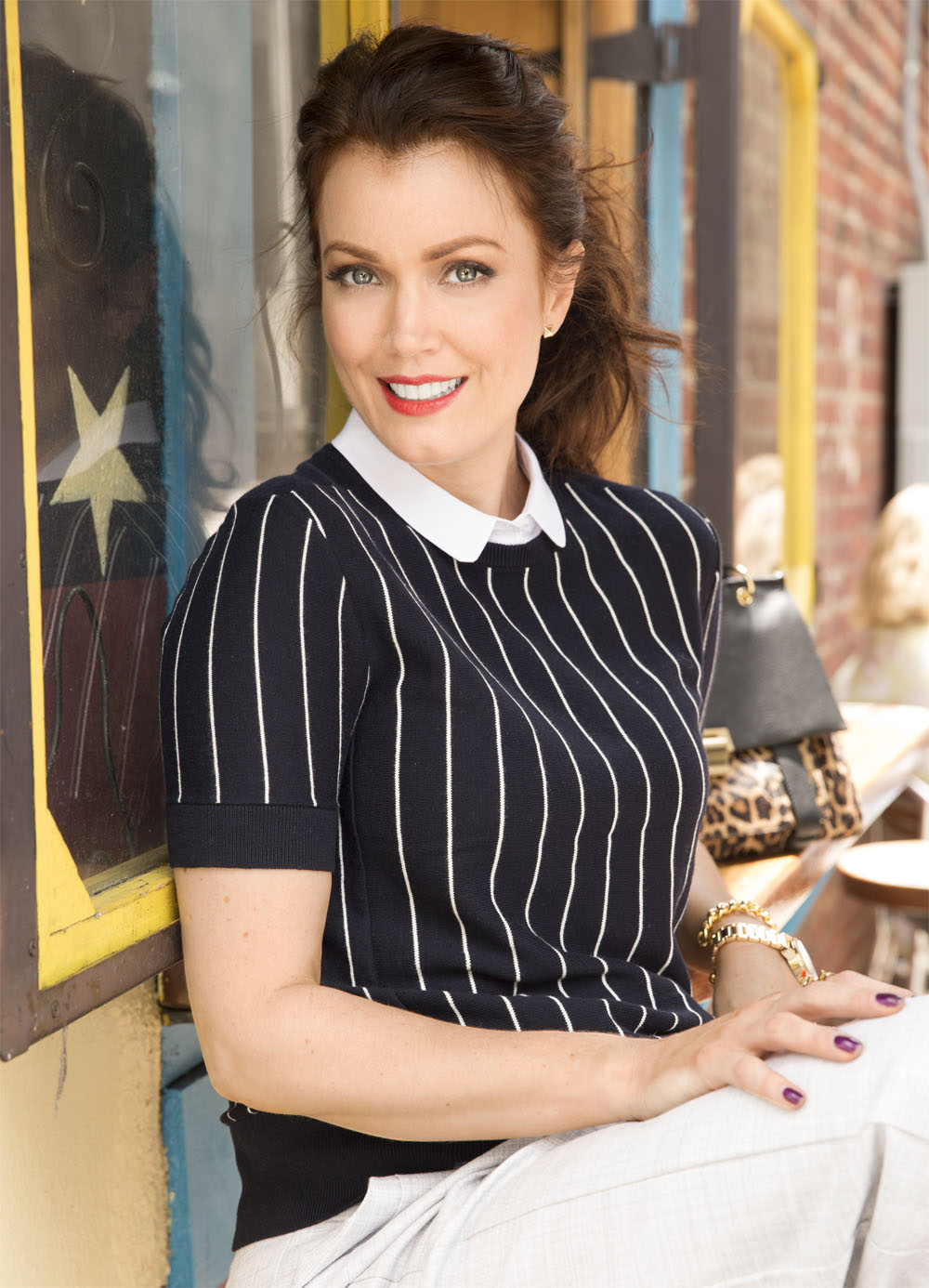 Bellamy Young Models Fall S Prettiest Fashion Trends