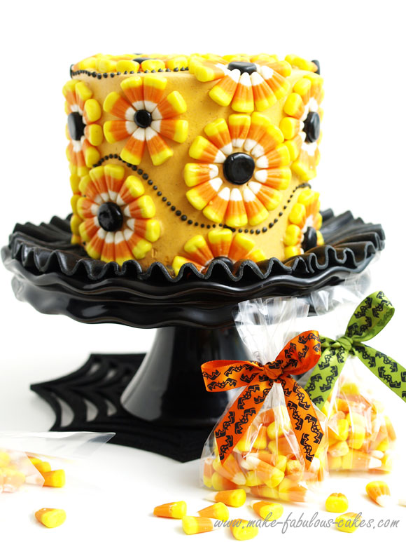 36 spooky halloween cakes recipes for easy halloween cake ideas - Halloween Decorated Cakes