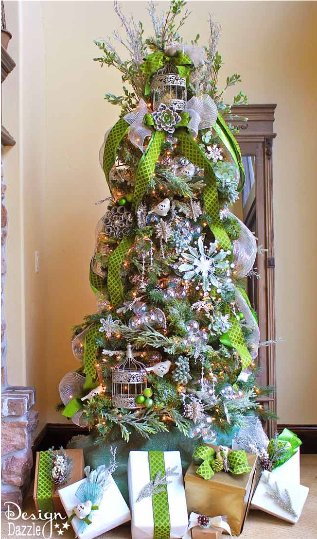 25 decorated christmas tree ideas pictures of christmas tree inspiration - Green Christmas Tree Decorations
