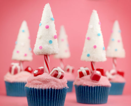 20 Adorable Cupcakes To Bake For Christmas Recipes