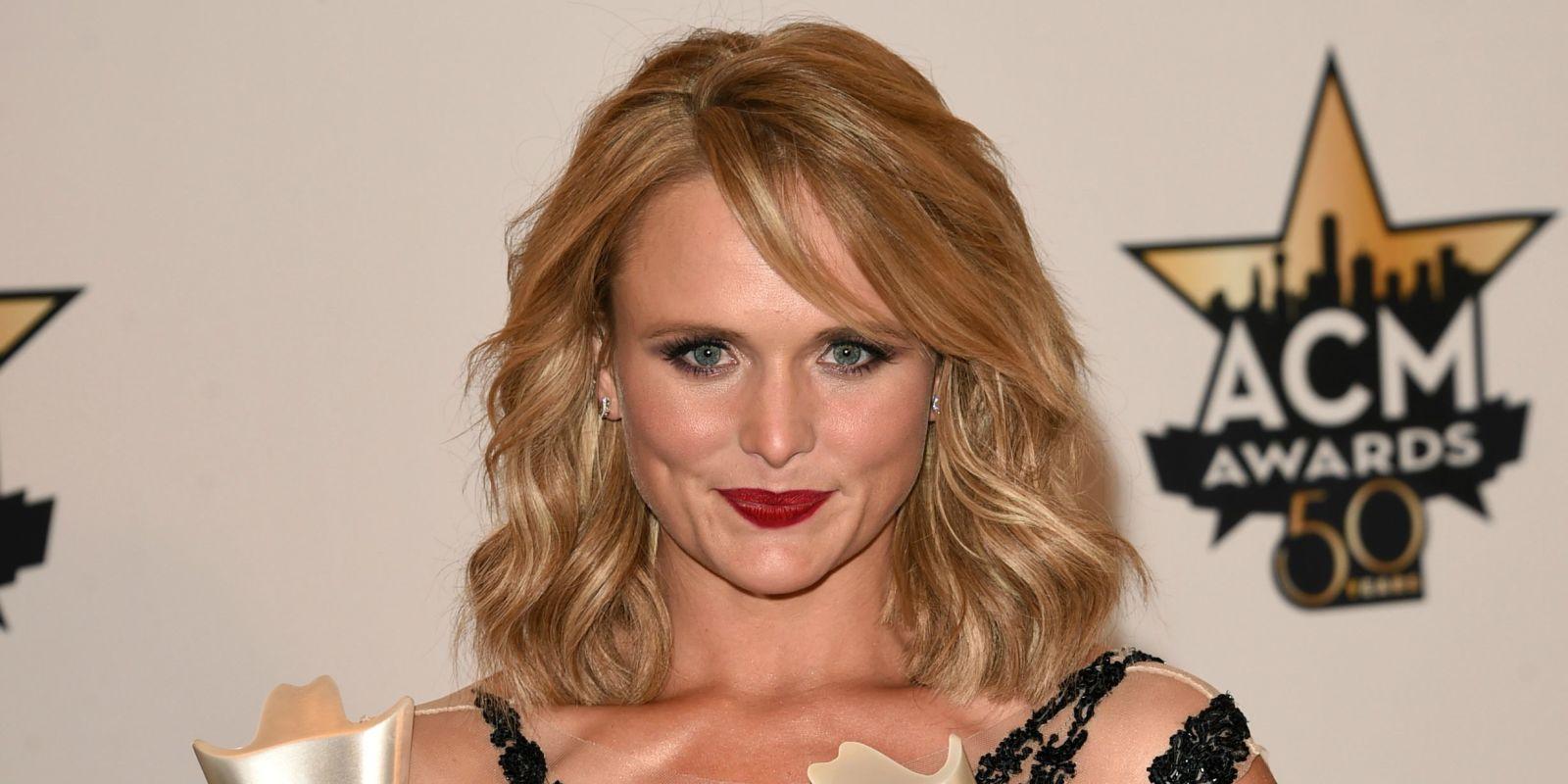 miranda lambert blonde hair miranda lambert hair color