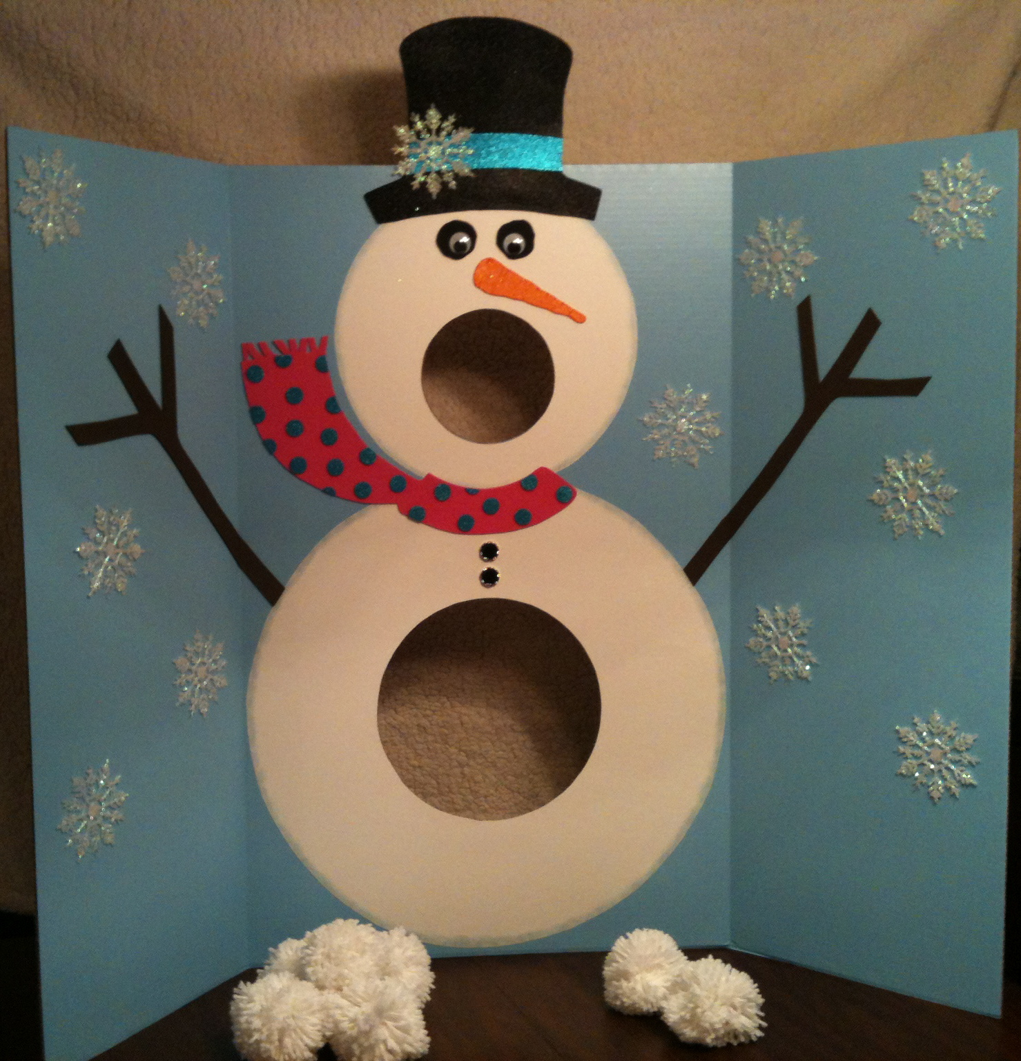 Christmas Party Contest Ideas Part - 44: 27 Fun Christmas Games To Play With The Family - Homemade Christmas Party  Games