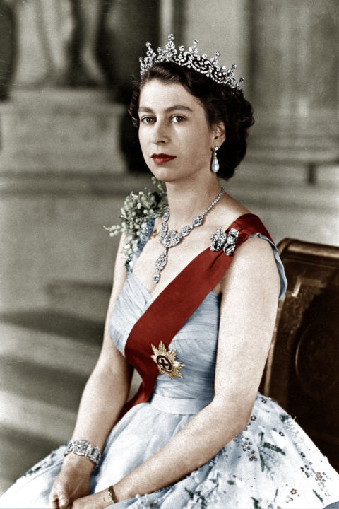 Queen Elizabeth II Becomes Longest-Ruling British Monarch ...