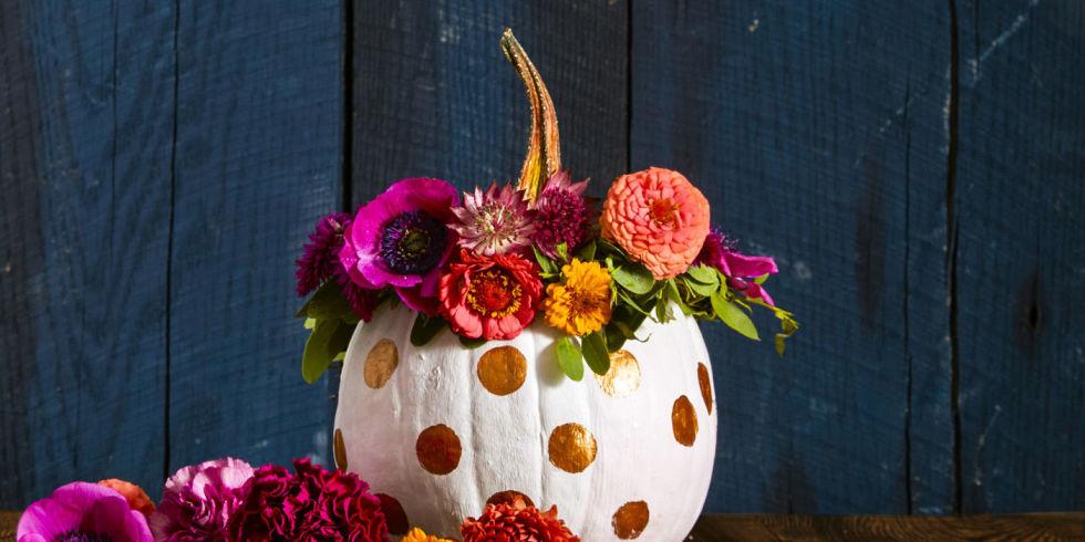 55+ Pumpkin Designs We Love for 2017 - Pumpkin Decorating Ideas