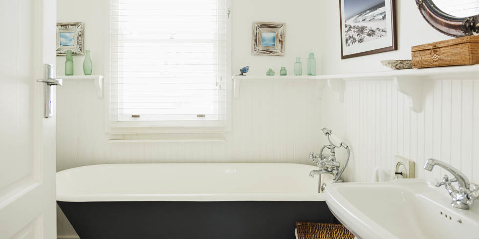 college life a quick and easy way of cleaning a bathroom Here are 50 cleaning tips to make your life baking soda and bleach can clean the grimiest grout in your bathroom crumpled paper can be used to quick dry.