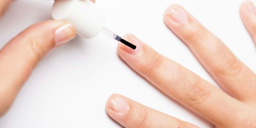Do You Need to Use Base Coat on Your Nails? — Why Base Coat Is ...