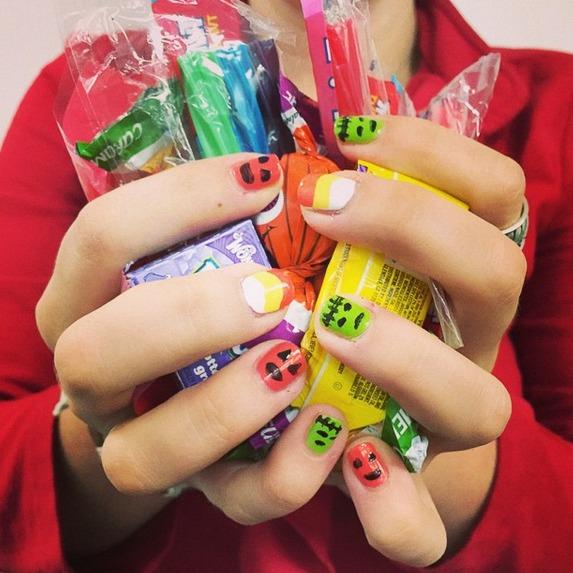 55 halloween nail art ideas easy halloween nail polish designs - Easy Cute Halloween Nail Designs