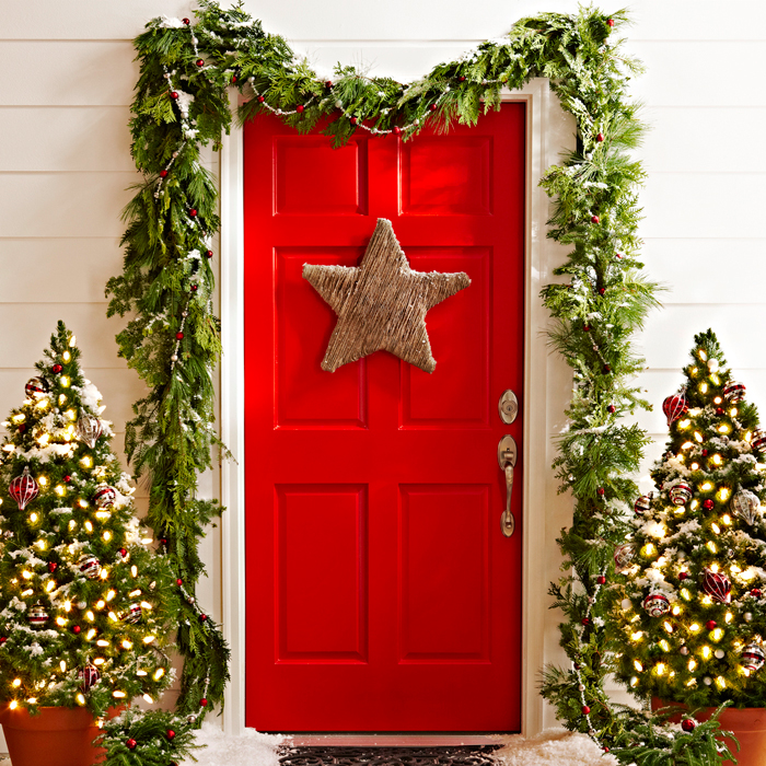 christmas front door decorations30 Christmas Door Decorating Ideas  Best Decorations for Your