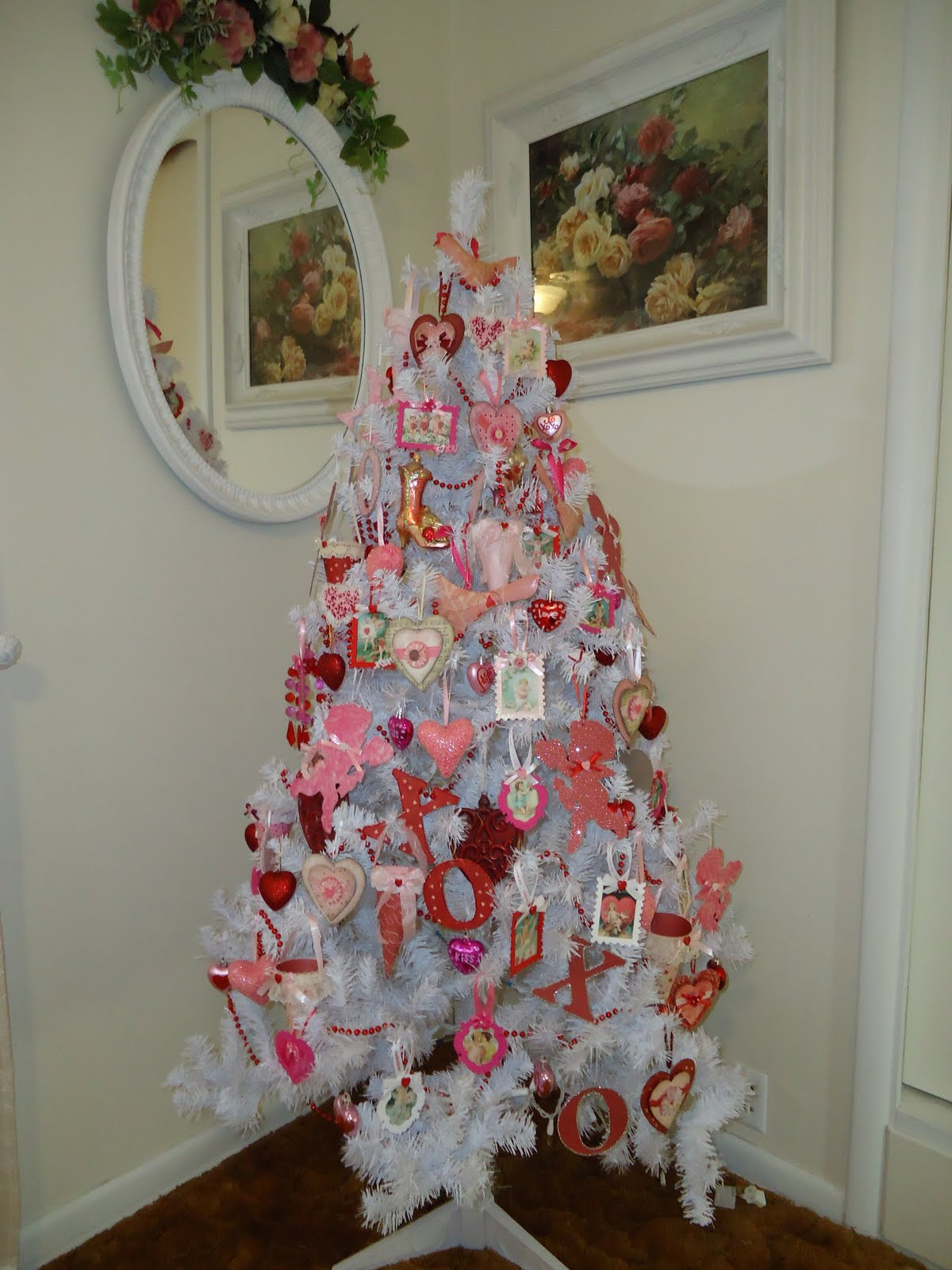 holiday trees to decorate your home all year holiday tree diy - Year Round Christmas Tree