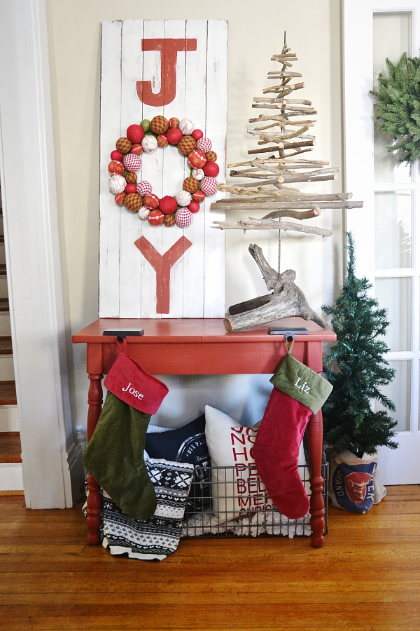 DIY Christmas Decorations Easy Christmas Decorating Ideas - Best red christmas decor ideas