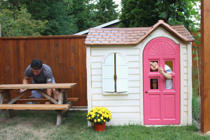Cosy Little Tikes Home Garden Playhouse. A Copper Roof Little Tikes Playhouse Makeovers  DIY