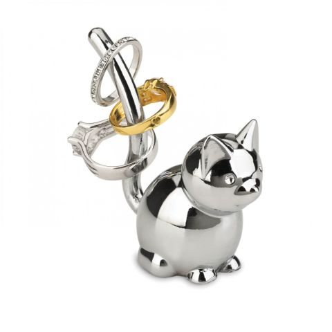 ($9, amazon.com) This ring stand won't stop your friend's cat from knocking things off your niece's dresser in the middle of the night, but it will give her an easy way to organize her small accessories.