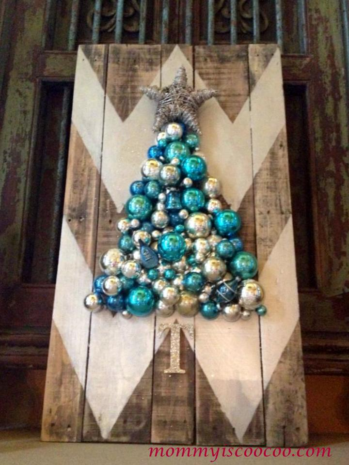 12 christmas pallet projects christmas pallet ideas - 12 Christmas Tree