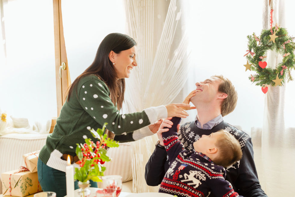 essays on family traditions on holidays Introduction in this essay i will be discussing family traditions and the reasons behind them i have noticed that family traditions have evolved and adapted in order to suit the modern day.