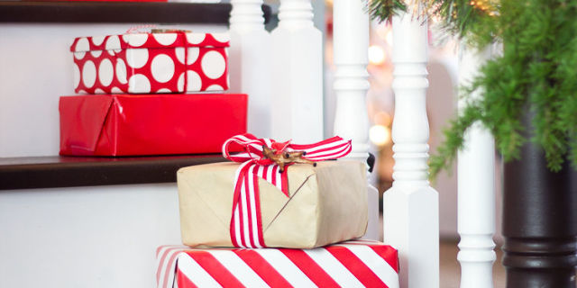 cheap christmas gifts inexpensive christmas present ideas good with great gift ideas for employees - Cheap Christmas Gifts For Employees
