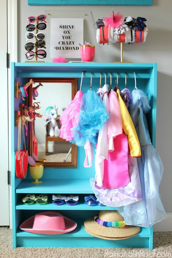 Ikea hacks for organizing a kid 39 s room toy storage for Ikea diy closet