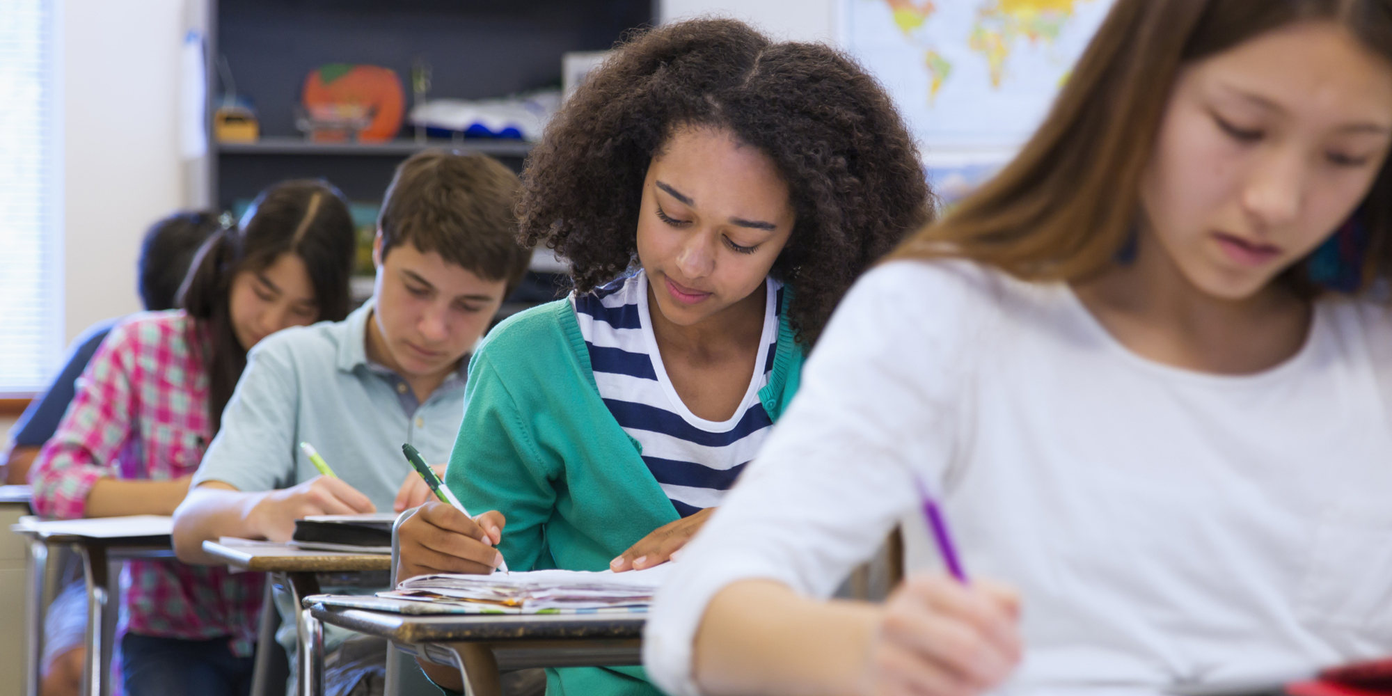 middle school is most stressful for moms   new parenting study