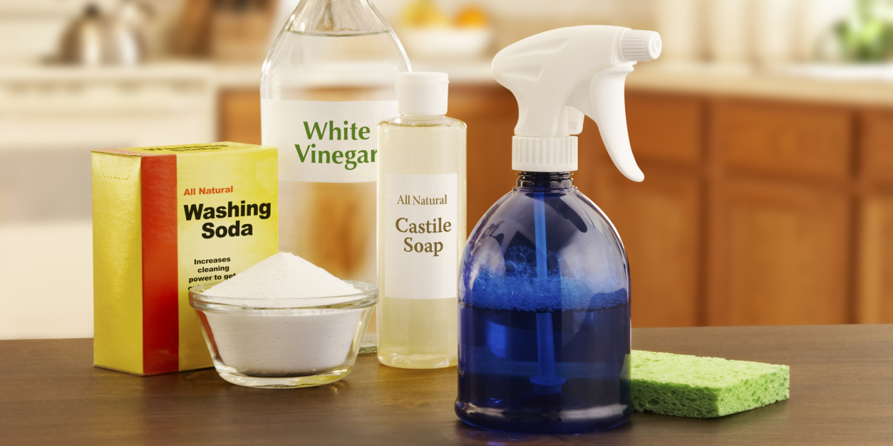 things you clean with vinegar household cleaning hacks and tips