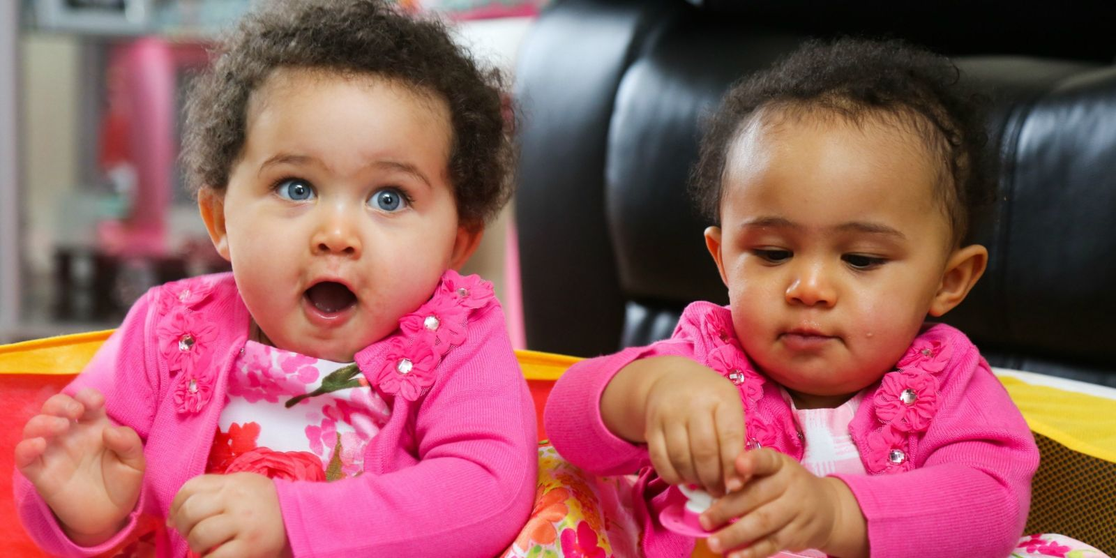 Mixed Race Twins Born With Identical Dna But Different