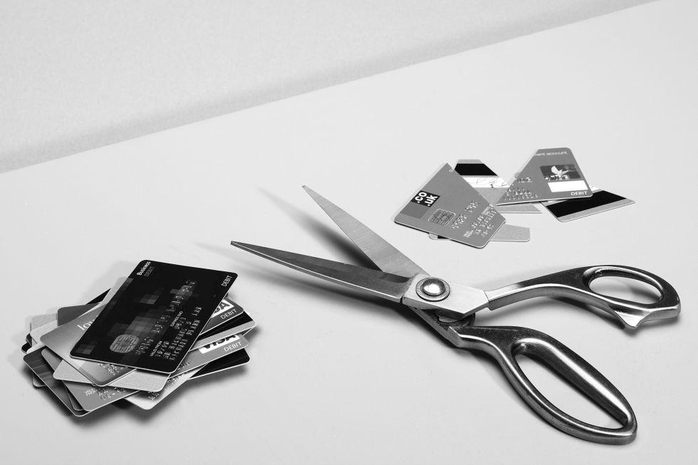 domestic violence finances money control cutting credit cards