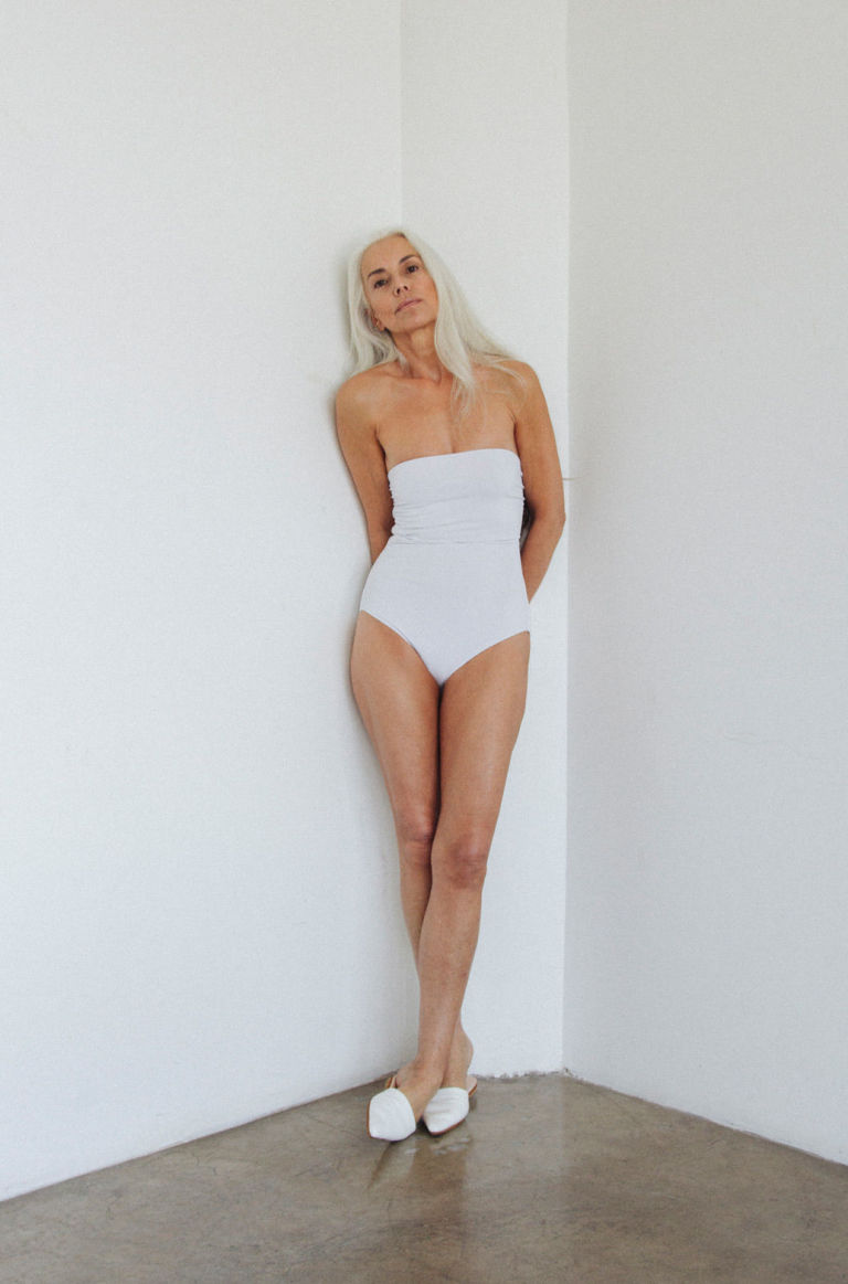 Average 60 Year Old Woman 60-year-old swimsuit model yazemeenah rossi ...