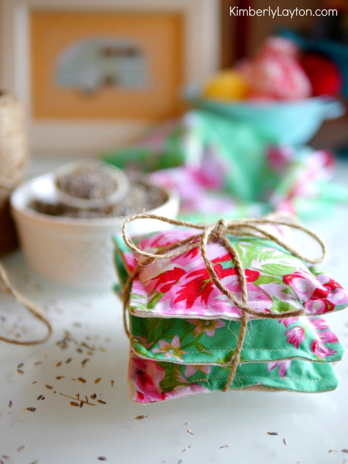 33 DIY Mothers Day Gifts Crafts
