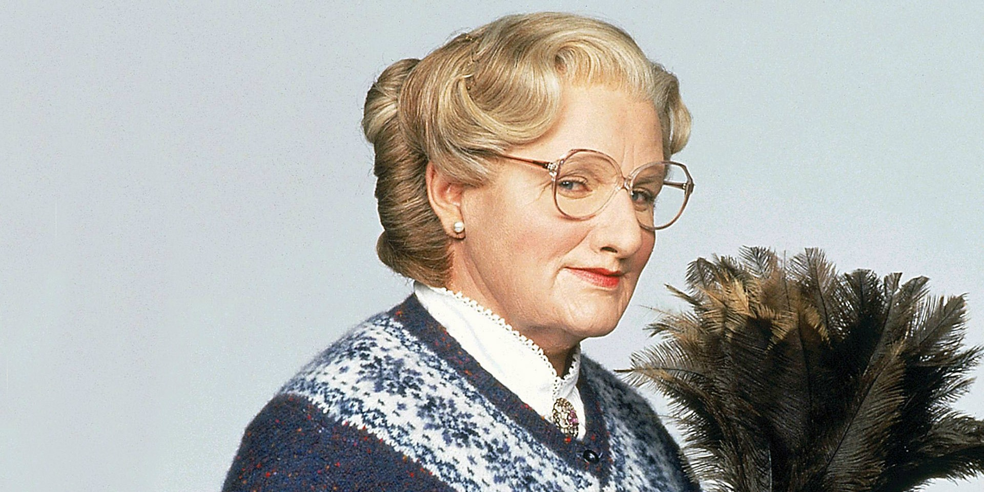 the cast of mrs doubtfire where are they now mrs doubtfire then and now. Black Bedroom Furniture Sets. Home Design Ideas