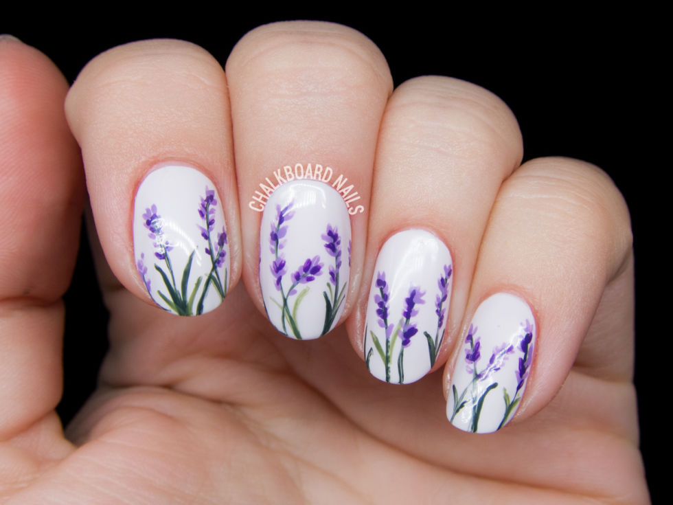 Attractive Floral Nail Art