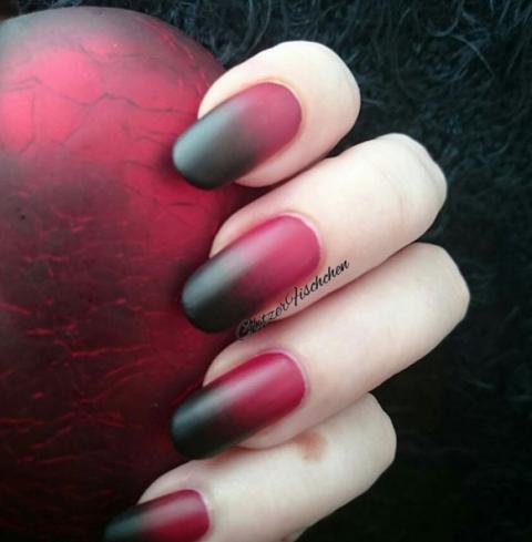 50 halloween nail art ideas  easy halloween nail polish