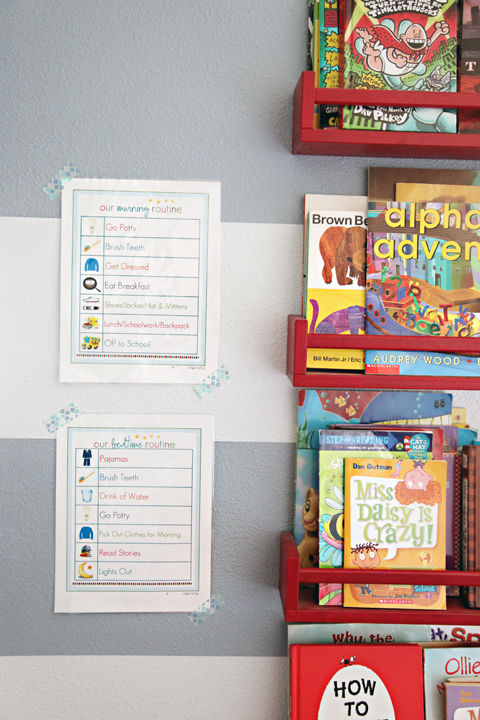 Help little ones establish a morning and bedtime schedule with an illustrated checklist. See more on IHeart Organizing » Removable tape, $5 BUY NOW