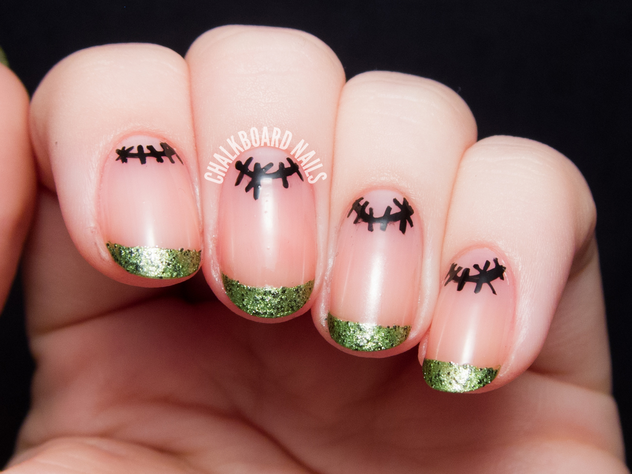 55 halloween nail art ideas easy halloween nail polish designs prinsesfo Choice Image
