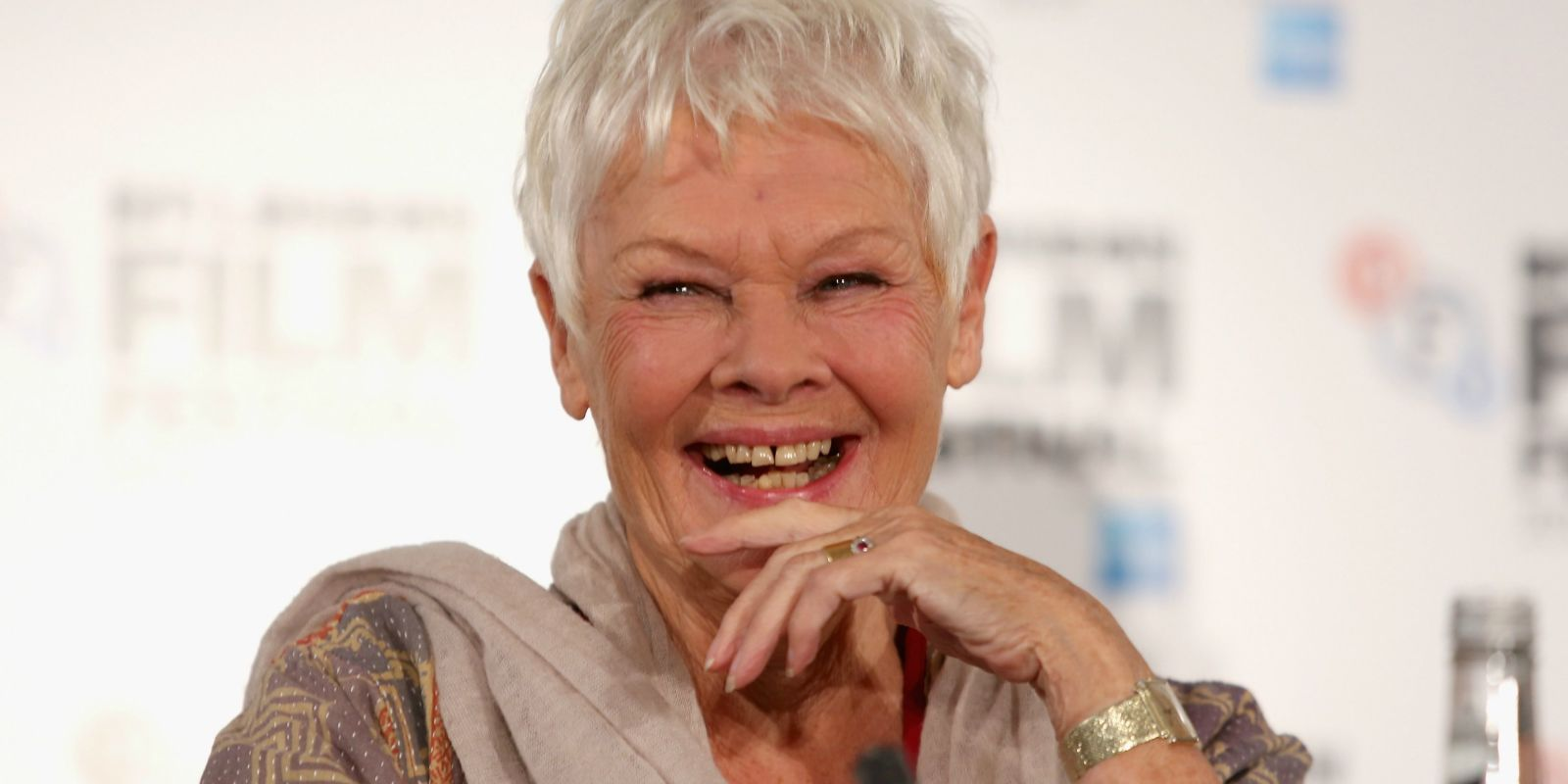 Judi Dench Gets Her First Tattoo at 81 Years Old - Photos