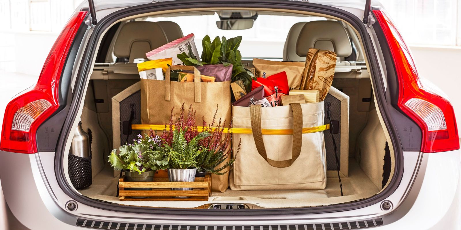 how to make a car trunk organizer