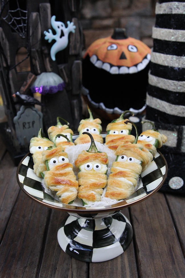 40 easy halloween appetizers recipes ideas for halloween hors doeuvres - Easy Halloween Appetizer Recipes With Pictures