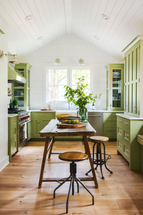forest green - Kitchen Color Ideas
