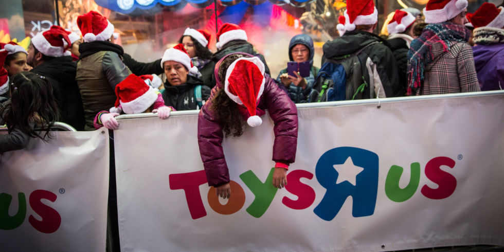 Toys R Us Opening Thanksgiving Day For Hour Black Friday Sale - Toys r us black friday store map 2016